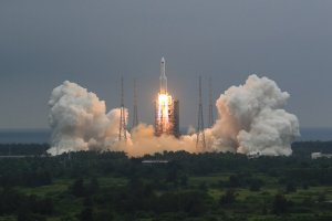 """China's rocket debris falls to earth as """"accurately predicted"""""""